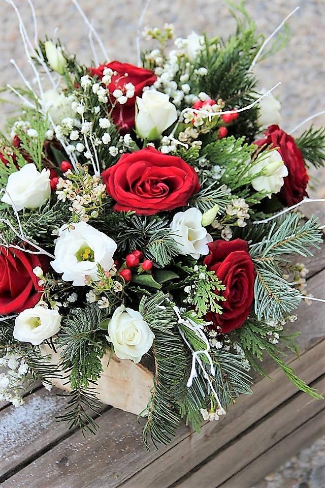 La Fabrique d'étoiles filantes - composition florale de Noël